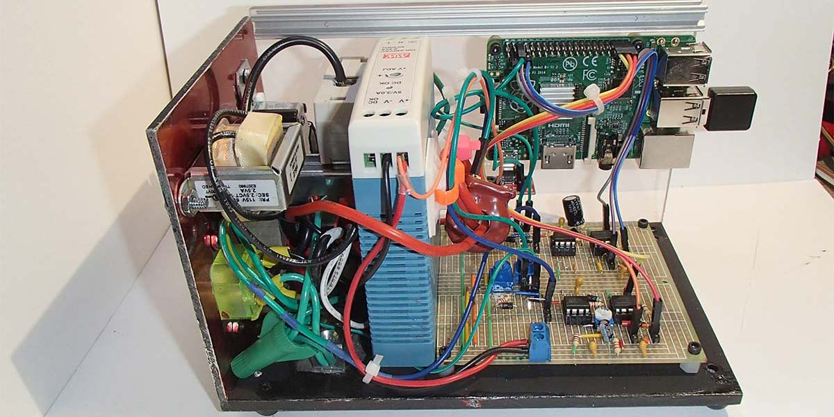 AC Volt/Amp Meter with Web Interface
