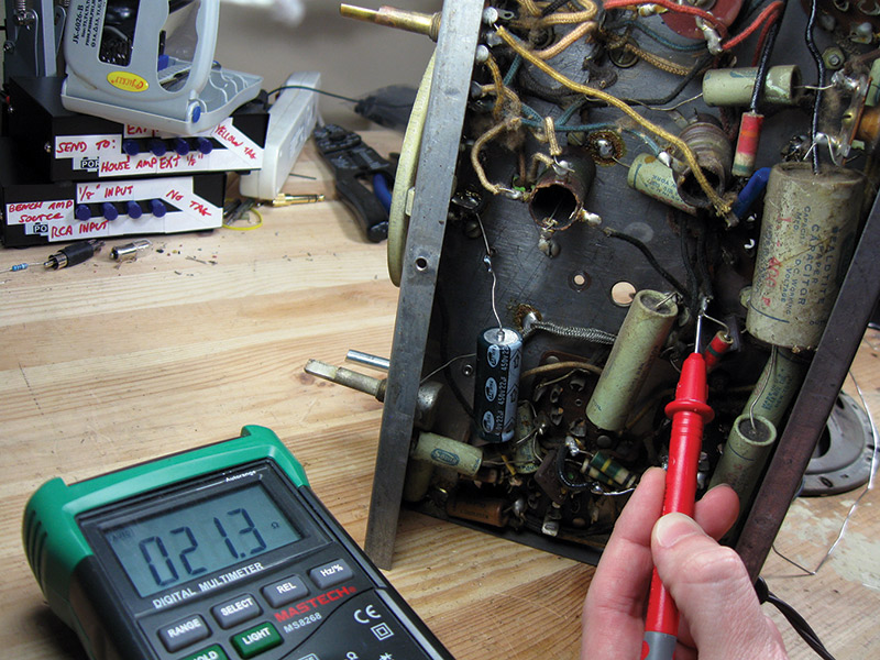 Fix Up that Old Radio! | Nuts & Volts Magazine